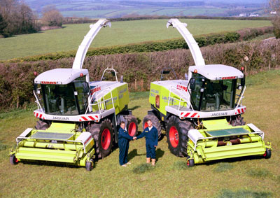Claas Jaguar 900 and Claas Jaguar 830 Foragers with Luke and Lloyd Furse