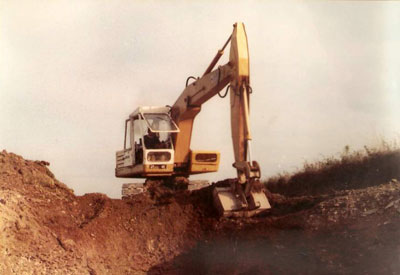First Excavator owned by Luke Furse – JCB 6C at work on local farm in Ashwater operated by Luke Furse, summer 1980